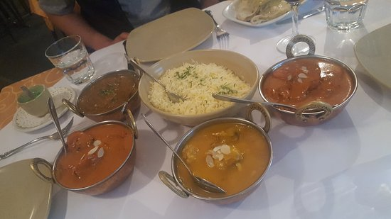 Tandoori  Curry Club - Accommodation Directory